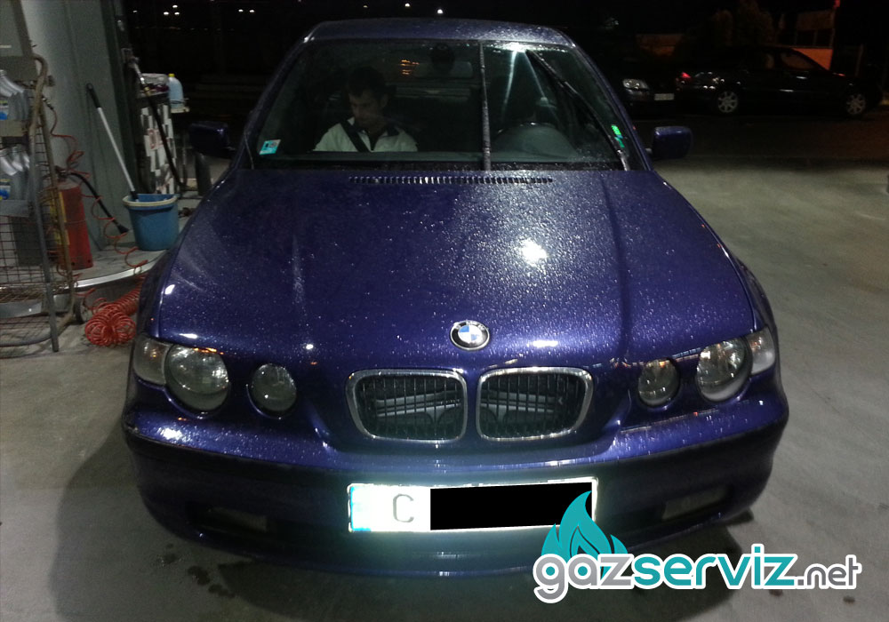 BMW 3 E46 с газов инжекцион Bardolini - Газ сервиз